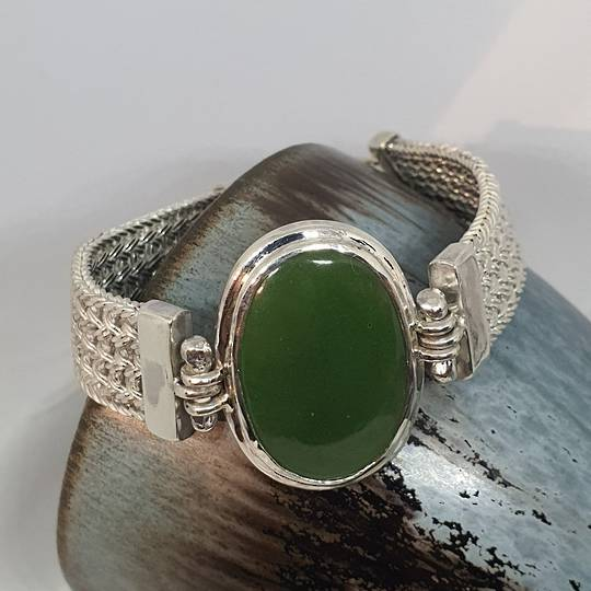 Made in New Zealand, silver greenstone bracelet