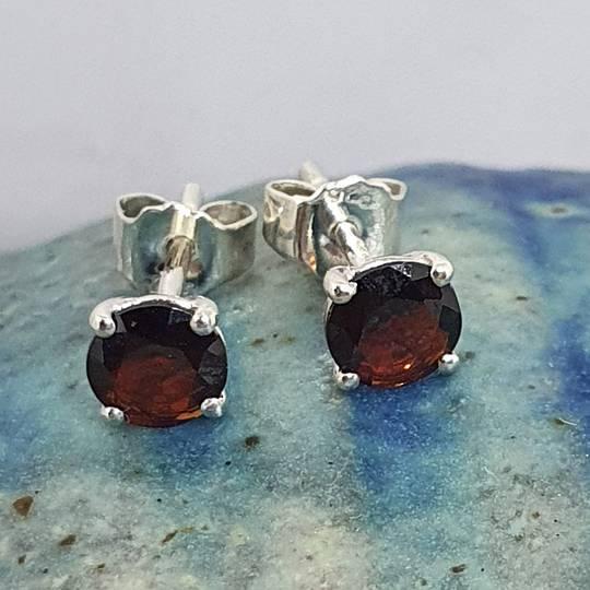 Deep red garnet silver stud earrings