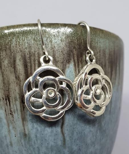 Made in New Zealand, silver flower earrings