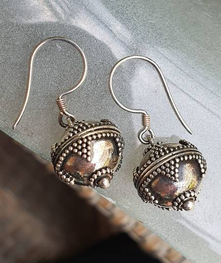 Sterling silver detailed sphere earrings