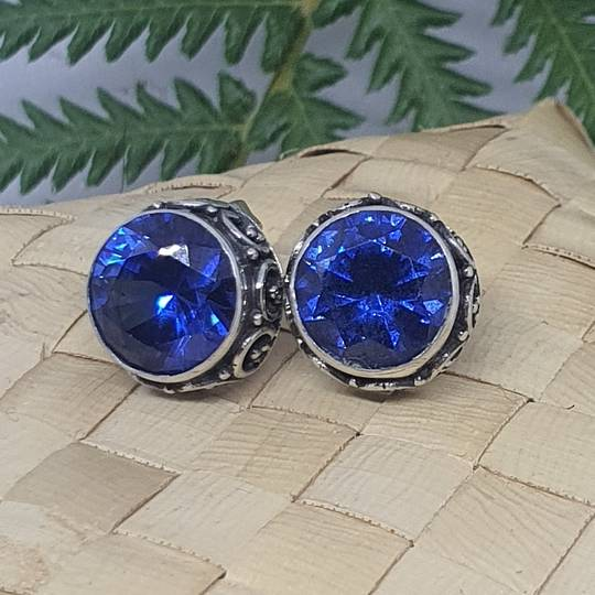 10mm round filigree synthetic sapphire stud earrings