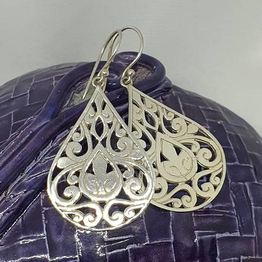 Large teardrop motif cutout earrings