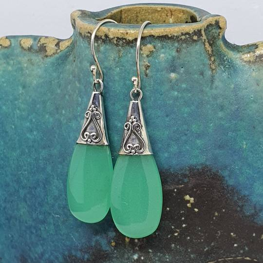 Sterling silver green agate gemstone earrings