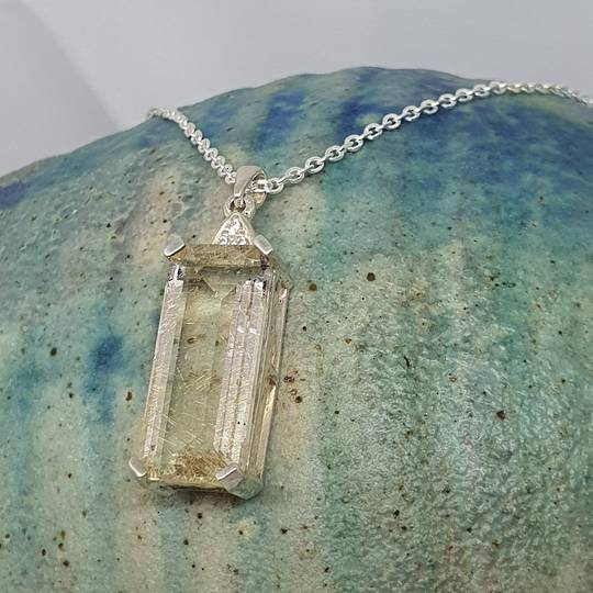 Sterling silver rutilated quartz pendant with chain