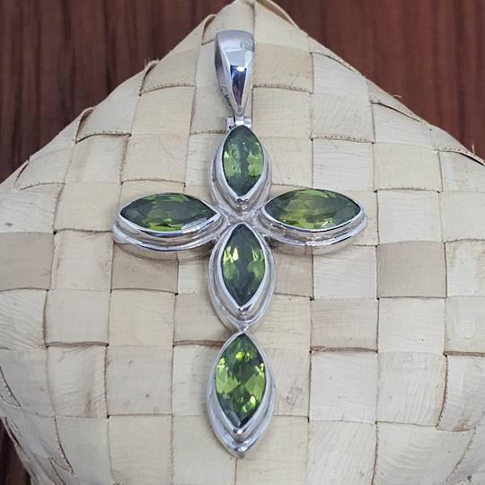 Facet cut green peridot pendant cross