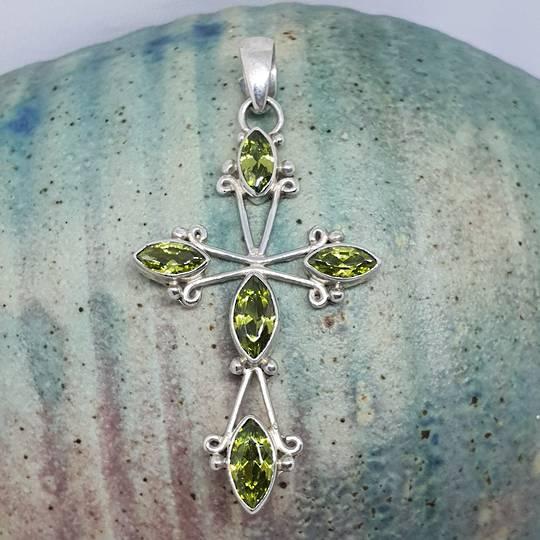 Green peridot pendant cross