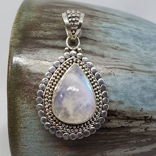 Sterling silver teadrop moonstone pendant
