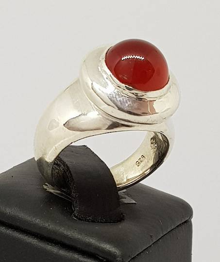 Sterling silver chunky carnelian ring