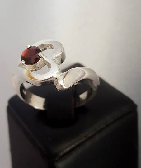 Silver heart ring with garnet gemstone
