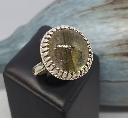 Large round labradorite sterling silver ring