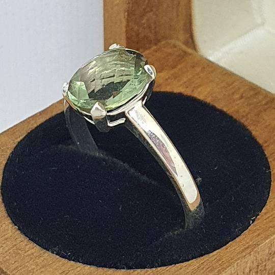 Sterling silver green fluorite ring