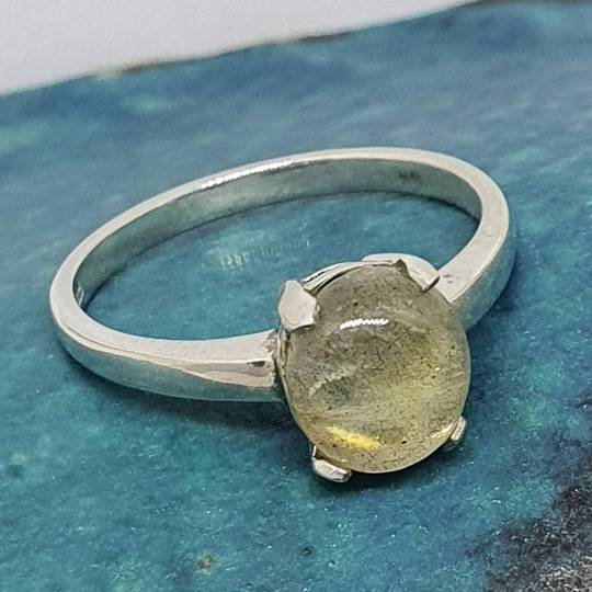 Small oval labradorite sterling silver ring