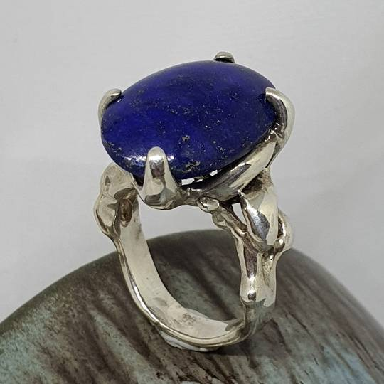 Chunky sterling silver lapis lazuli ring