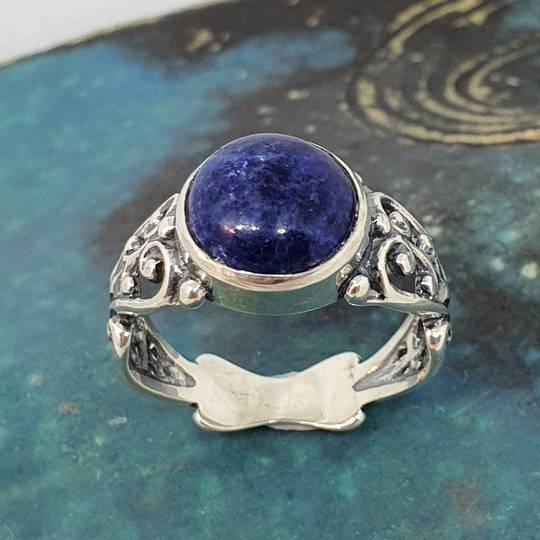Sterling silver lapis lazuli gemstone ring