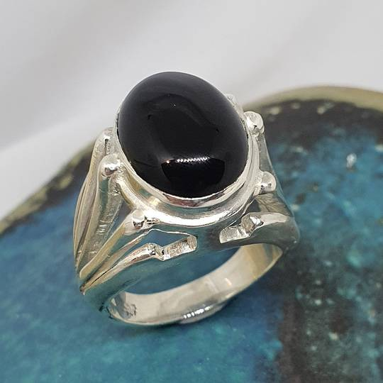 Made in New Zealand, sterling silver onyx gemstone ring