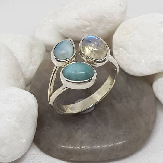 Sterling silver larimar and moonstone ring