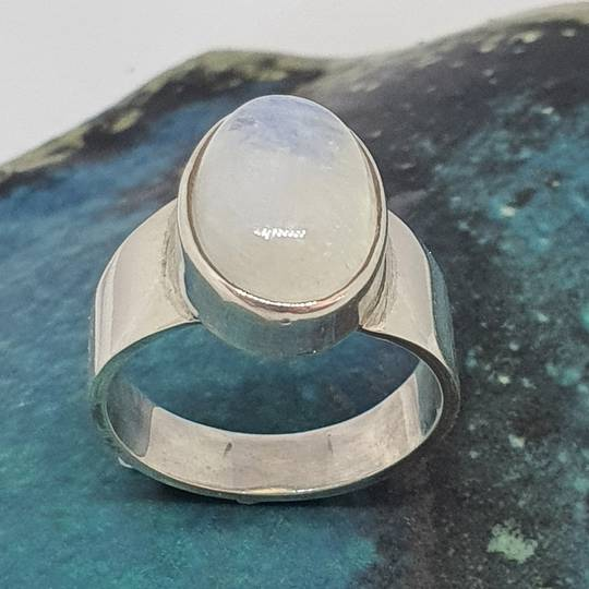 Sterling silver oval moonstone ring