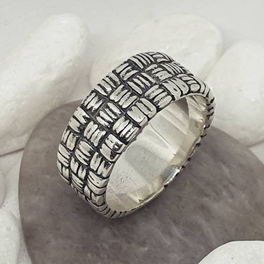 Sterling silver 8.5mm wide band ring with basket weave pattern