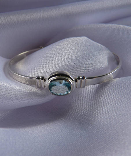 Aquamarine silver baby bangle | Birthstone for March