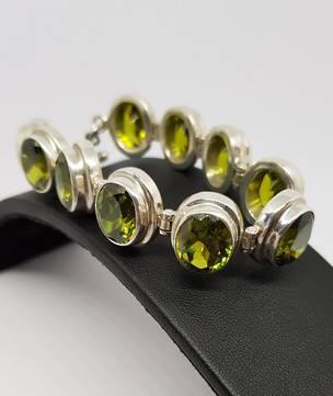 Sterling silver green cz peridot bracelet