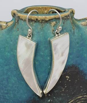Mother of pearl elongated silver earrings