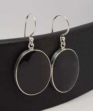 Large oval glossy black shell earrings