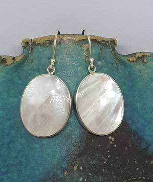 Mother of pearl large oval earrings