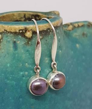 Elegant medium stem grey pearl earrings