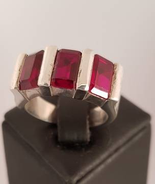 Made in NZ silver synthetic ruby ring