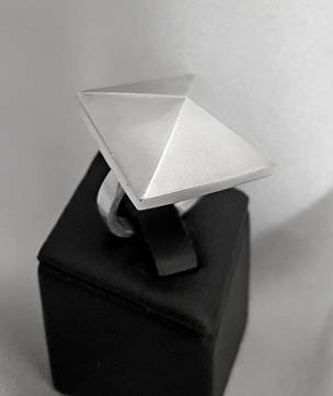 Funky pyramid ring, sterling silver, made in NZ