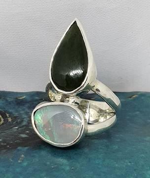Stunning New Zealand greenstone and Australian opal ring