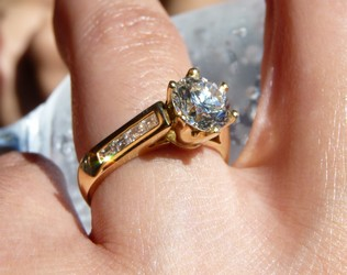 engagement ring SilverStone Jewellery