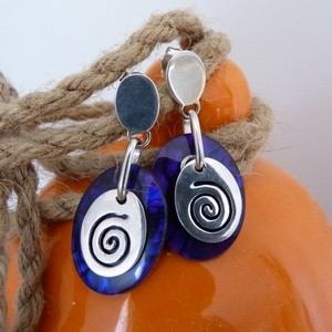 koru shell earrings