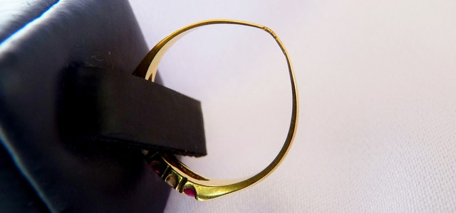 thin worn band SSJ
