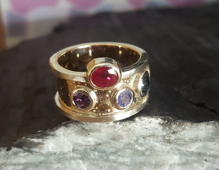 custom-made-funky-organic-gemstone-gold-ring