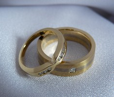 gold and diamond wedders wedding band rings