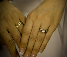 white and yellow gold wedding bands handmade by SilverStone Jewellery