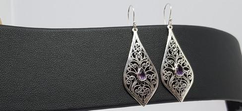 sterilng-silver-filigree-amethyst-earrings