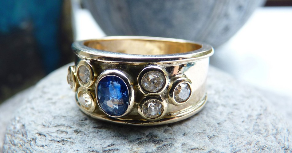 remodeled reset diamond sapphire gold ring SSJ