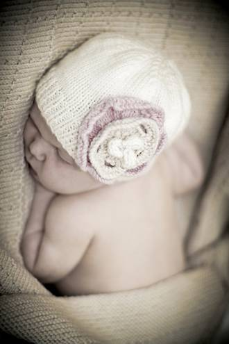 Baby Cakes Antoinette Hat Pattern 8 ply