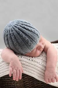 Baby Cakes Sebastian Hat 8 ply