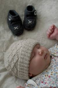 Baby Cakes Princess Maud Hat and Shoes 8ply