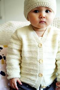 Baby Cakes Augusta Cardi and Hat 4ply