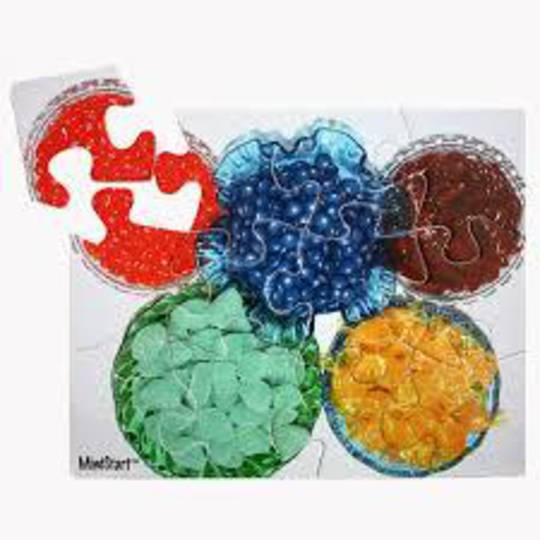 12 Piece Candy Puzzle