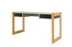Tia Desk