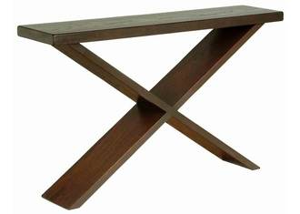 Travis Hall Table