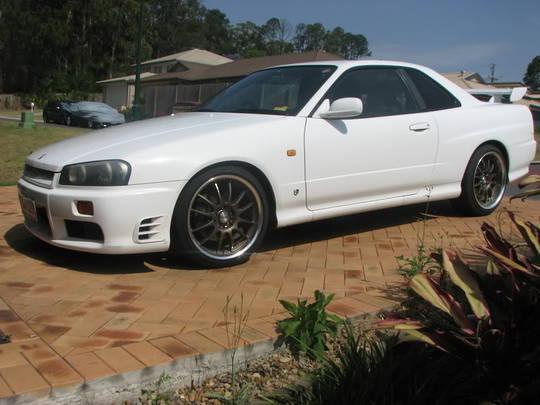 NISSAN SKYLINE R34 2WD 1999-2001