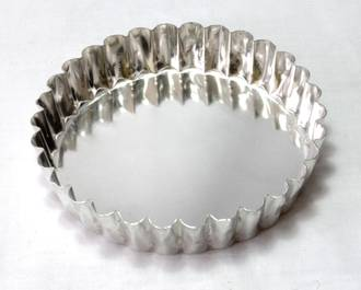 Palletized Quiche Tins (15) per tray Tin 120x25mm