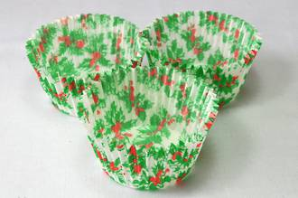 Cupcake Paper Cases Holly 44x30mm (500)