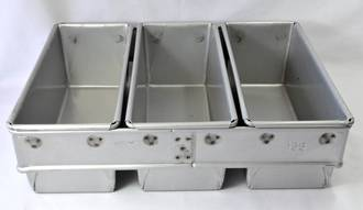 450gm Bread Pan (Set of 3) Top Measure: 400x250mm, 95mm deep - UNAVAILABLE